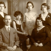 Family portrait 1932 Albert Bivas