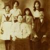 Famiyl Albert Bivas