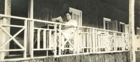 The relaxed hours on the 'eisha balcony