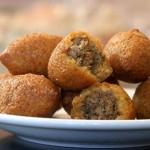 طبخة الكبة. الكفتة العراقية - Kibbeh. Iraqi Dumplings