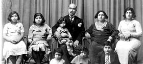 Daniel Khazzoom, Family